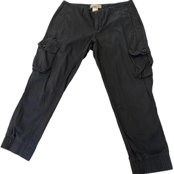 OLD NAVY Grey Cargo Capri Cropped Pant 6
